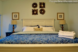 Vacation rental king size bed