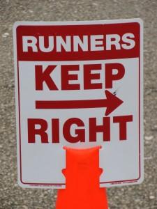 Running sign trirock triathlon