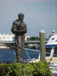 Tarpon Springs diver sculpture