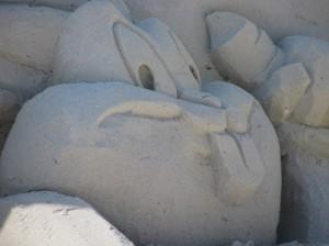 Bugs Bunny sand sculpture