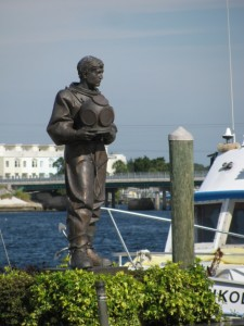 Tarpon Springs diver sculpture